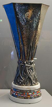 20130514064155-trofeo-liga-europea-uefa.jpg