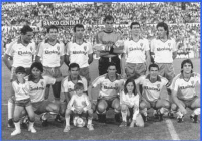20110111160043-plantilla-real-zaragoza-1986-1987.jpg