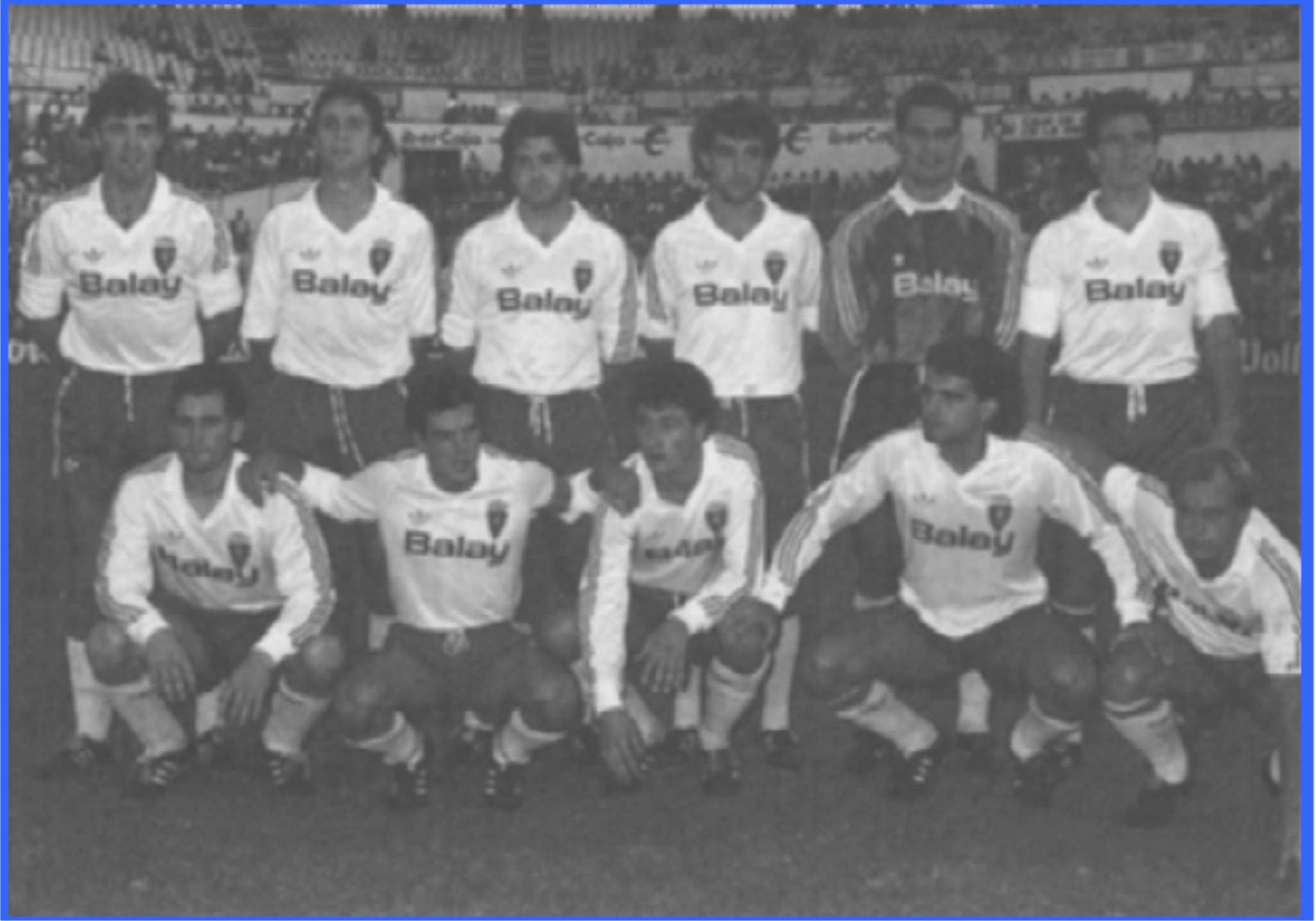 20110623070744-plantilla-real-zaragoza-1989-1990.jpg