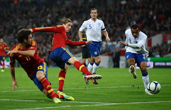 20111113210022-inglaterra-espana.jpg
