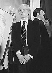 Andy Warhol 1977.jpg